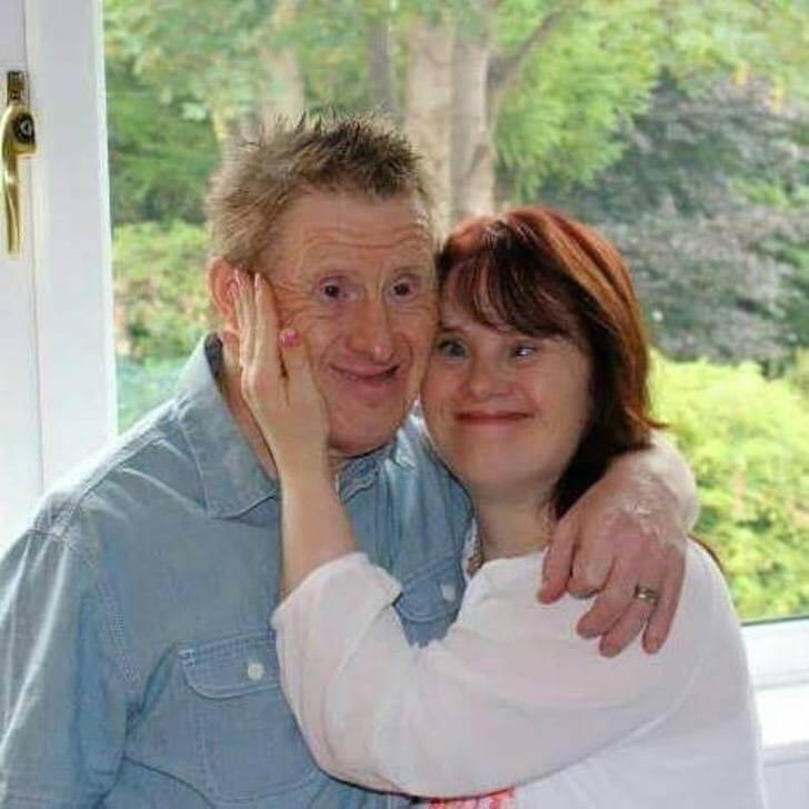 12592228 785887884878423 4626959181898059285 n - Casal com síndrome de Down comemora 23 anos de casamento